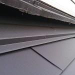 屋根葺き替え後雨押さえで雨漏りストップ