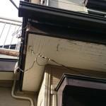 玄関屋根から雨漏れ!