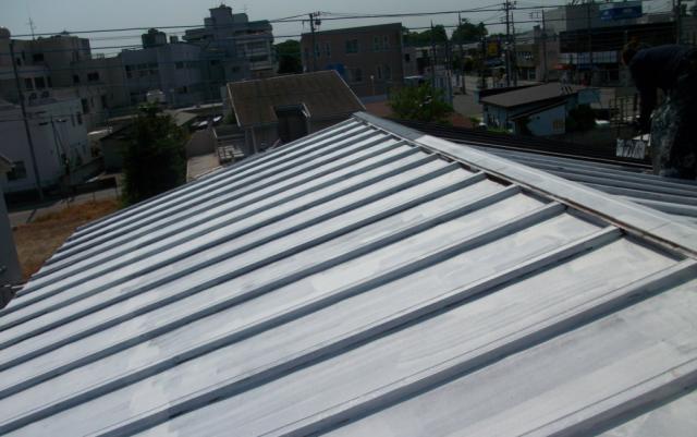 屋根塗装あれこれ