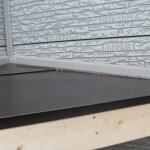 中野区で玄関屋根の雨漏り修理